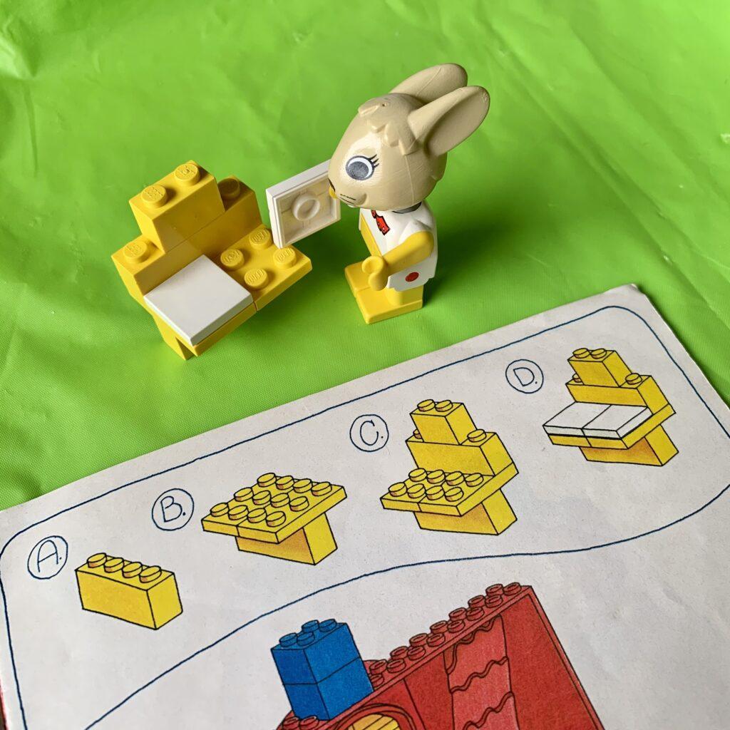 Rabbit minifigure assembling dressing table.